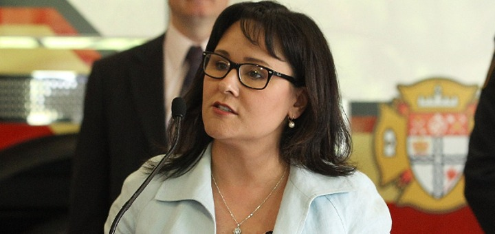 Then-Health Minister Leona Aglukkaq announced the MMPR on June 10 (Photo credit: Health Canada)